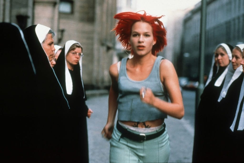 run lola run film review Run lola run blu-ray   after a botched money delivery, lola has 20 minutes to come up with 100,000 deutschmarks.