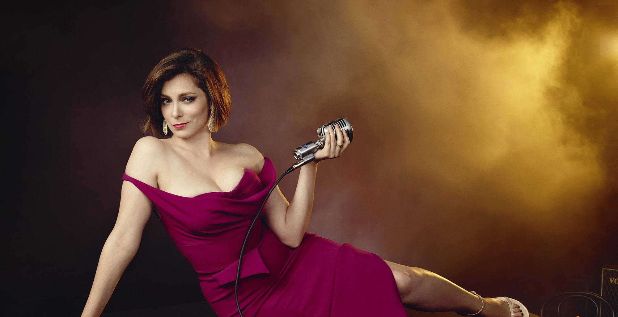 'Crazy Ex-Girlfriend' follows Rebecca, a successful crazy young woman who impulsively gives up everything in a desperate attempt to find love and happiness.