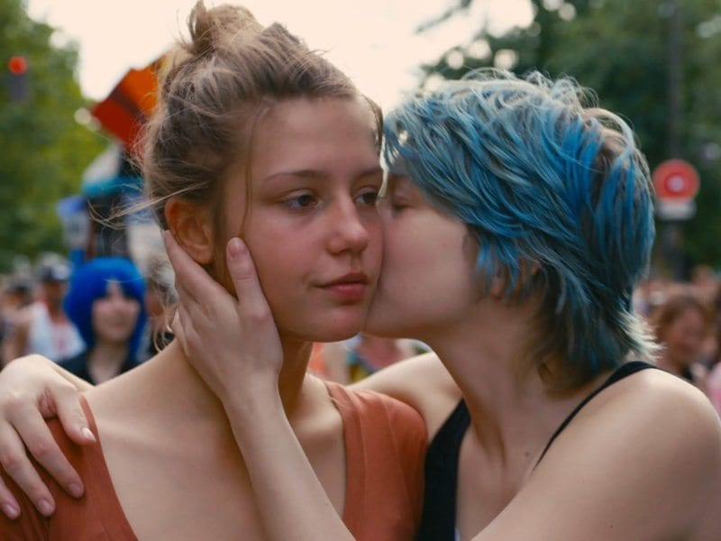 Although 2017 may have been a triumph for gay cinema, it's quite obvious that Hollywood still has an issue when it comes to dealing with lesbian eroticism. The most obvious example? 'Blue Is The Warmest Color', a film mired in enough controversies to make Donald Trump blush.