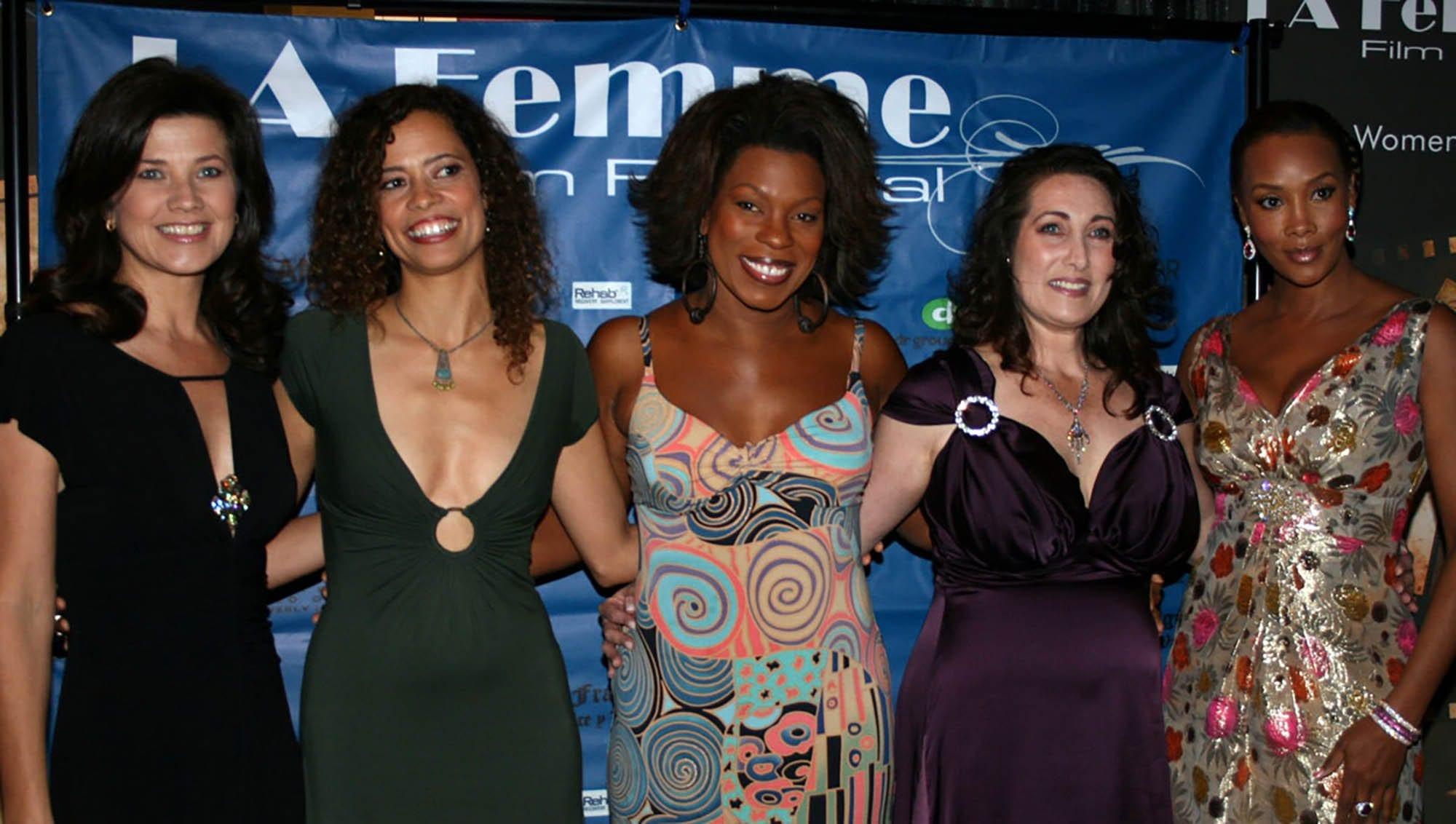 The 10 Female Festivals Best Film Daily Focused UzSVpM