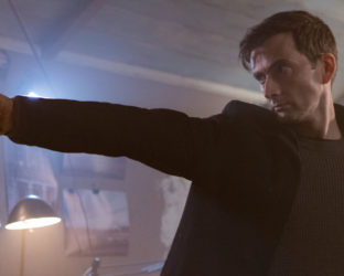 Directed by Dean Devlin and written by Brandon Boyce, 'Bad Samaritan' is a terrifying cautionary tale of two thieves uncovering more than what they bargained for when breaking into a house they thought would be an easy score.