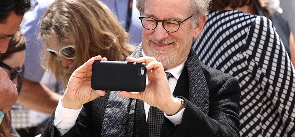 Cannes Film Festival bans red carpet selfies