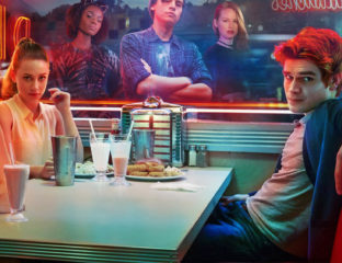Roberto Aguirre-Sacasa's 'Riverdale' features loving tributes to 'Twin Peaks' that make it a strange reflection of the iconic 90s hit.