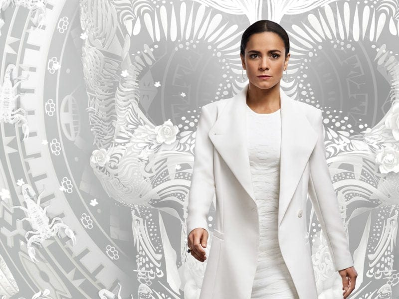 'Queen of the South' has the rhythmic, pulsating electronic score that perfectly matches the moments of tension throughout the show.