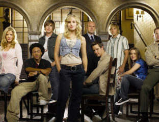 We've all been dreaming about it and it's finally here.The exciting continuation of Rob Thomas's'Veronica Mars'onHulu stars the fantasticKristen Bell.