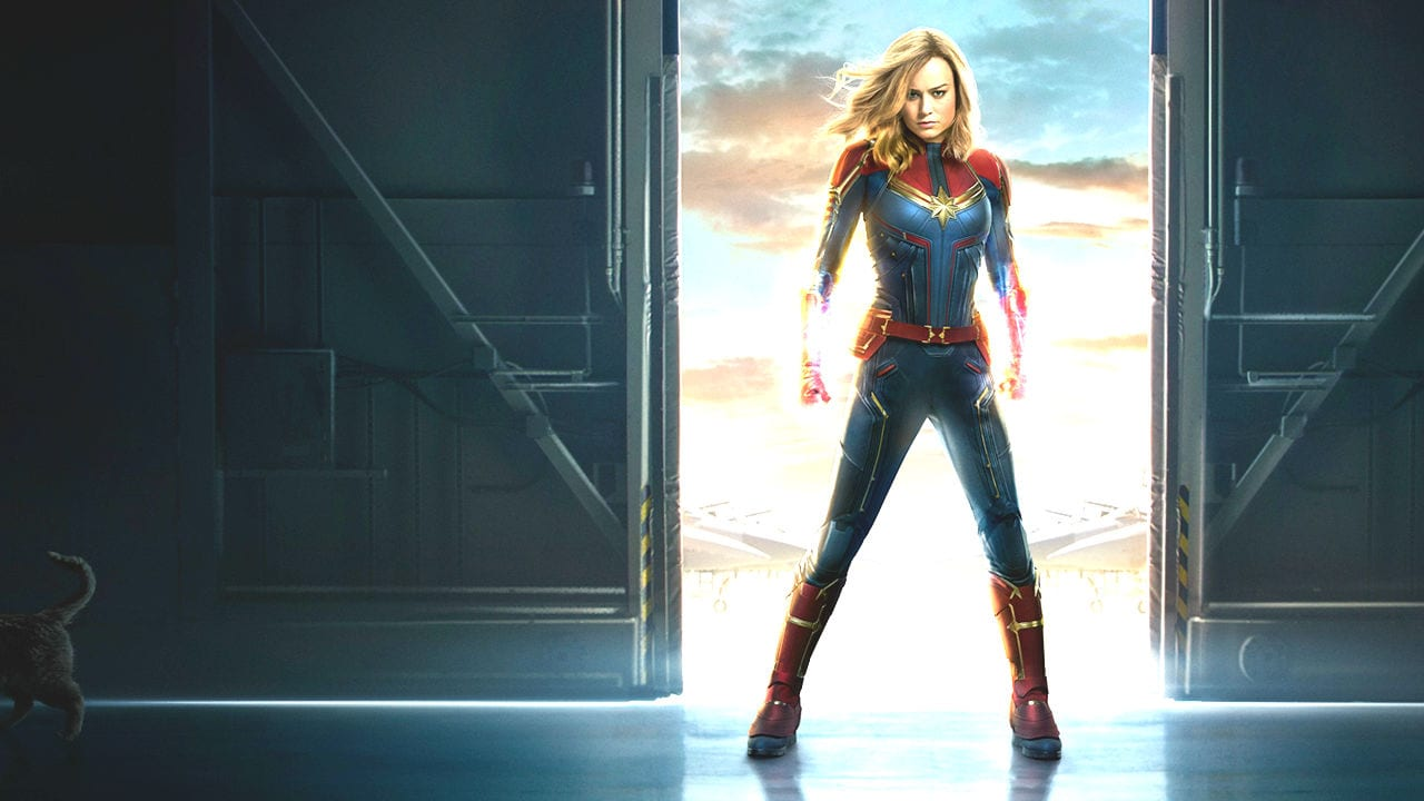 Carol Danvers becomes one of the universe's most powerful heroes, Captain Marvel, when Earth is caught in a galactic war between two alien races.