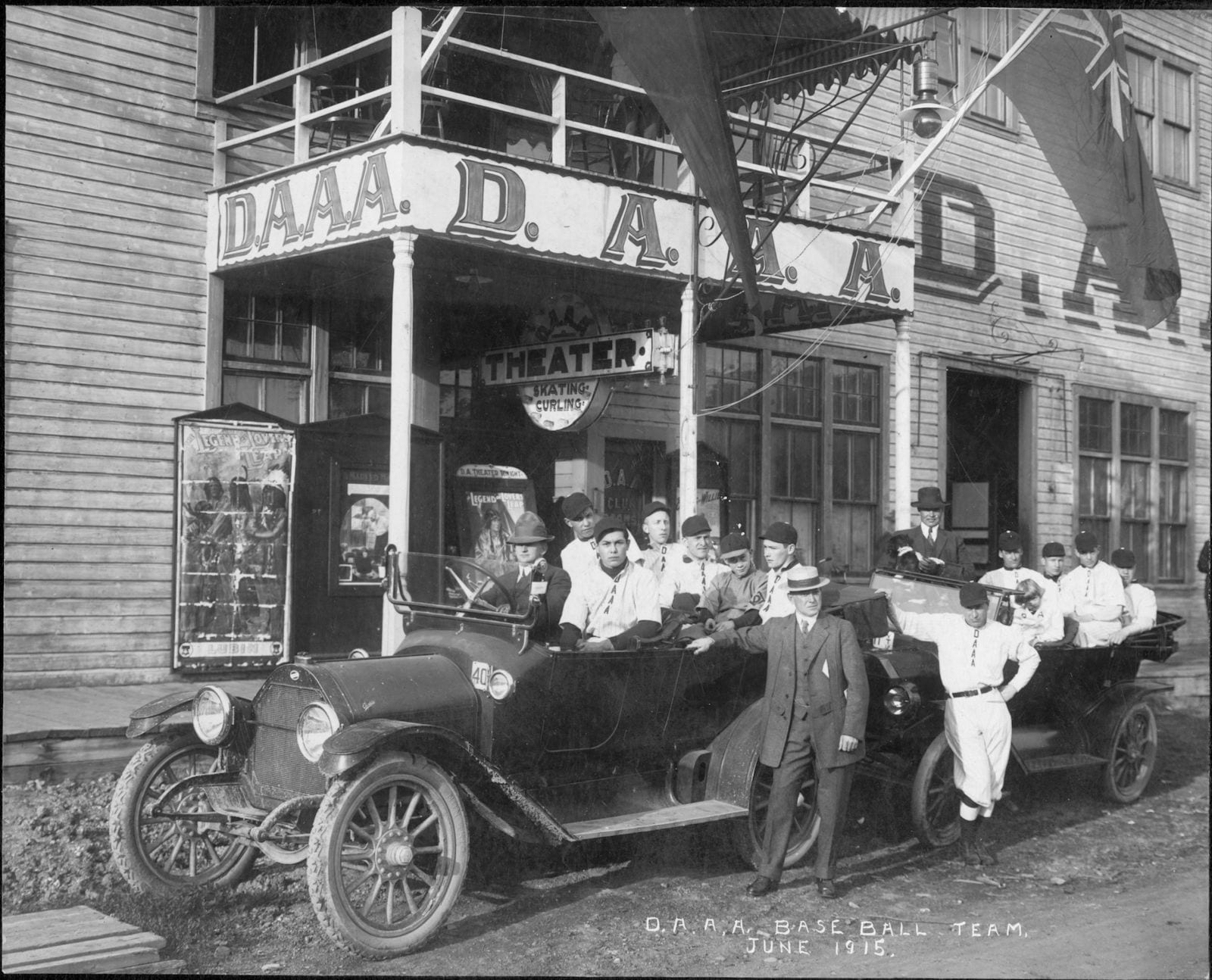 still_from_dawson_city_frozen_time_daaa_family_theater_courtesy_dawson_museum_hypontic_pictures_picture_palace_pictures.jpg