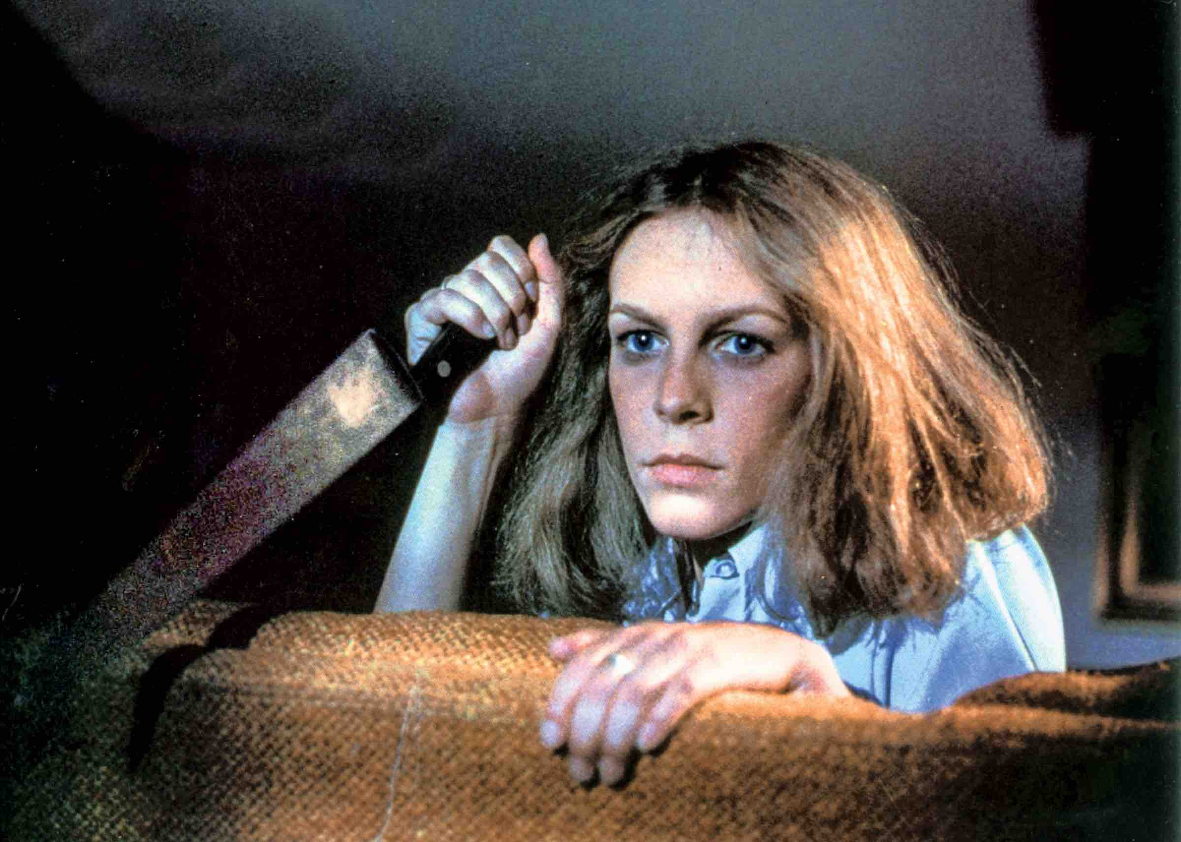 Are you able to take on one of the most terrifying movie villains, Michael Myers from 'Halloween'? Instead of hiding in backyards, take our quiz now.