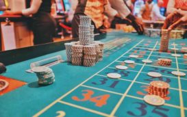 Any movie that features casinos can be a setting for intrigue and thrills. Let's take a look at some of the famous movie casino scenes.