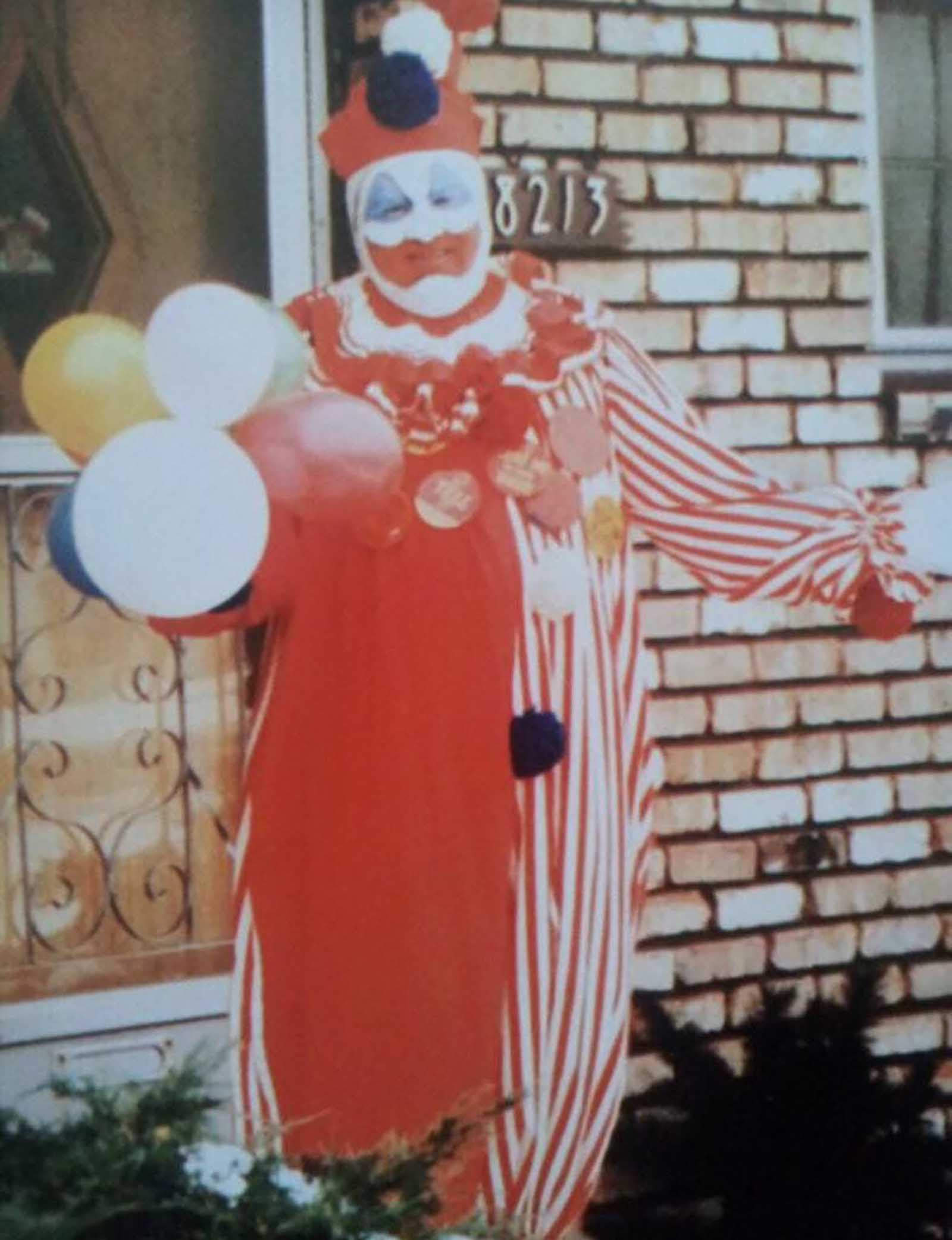 On the outside, John Wayne Gacy looked like your normal family man who helped out in the community. But underneath that clowny smile was something evil.
