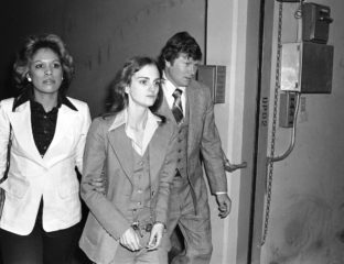 Heiress to the Hearst media empire, Patty Hearst and her parents experienced the dangers of wealth after their daughter was kidnapped in 1974.