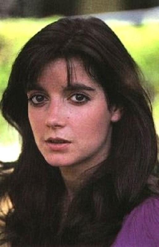 Any horror fan remembers 'Poltergeist' star Dominique Dunne. But less known is the tragic relationship that led to her untimely demise.