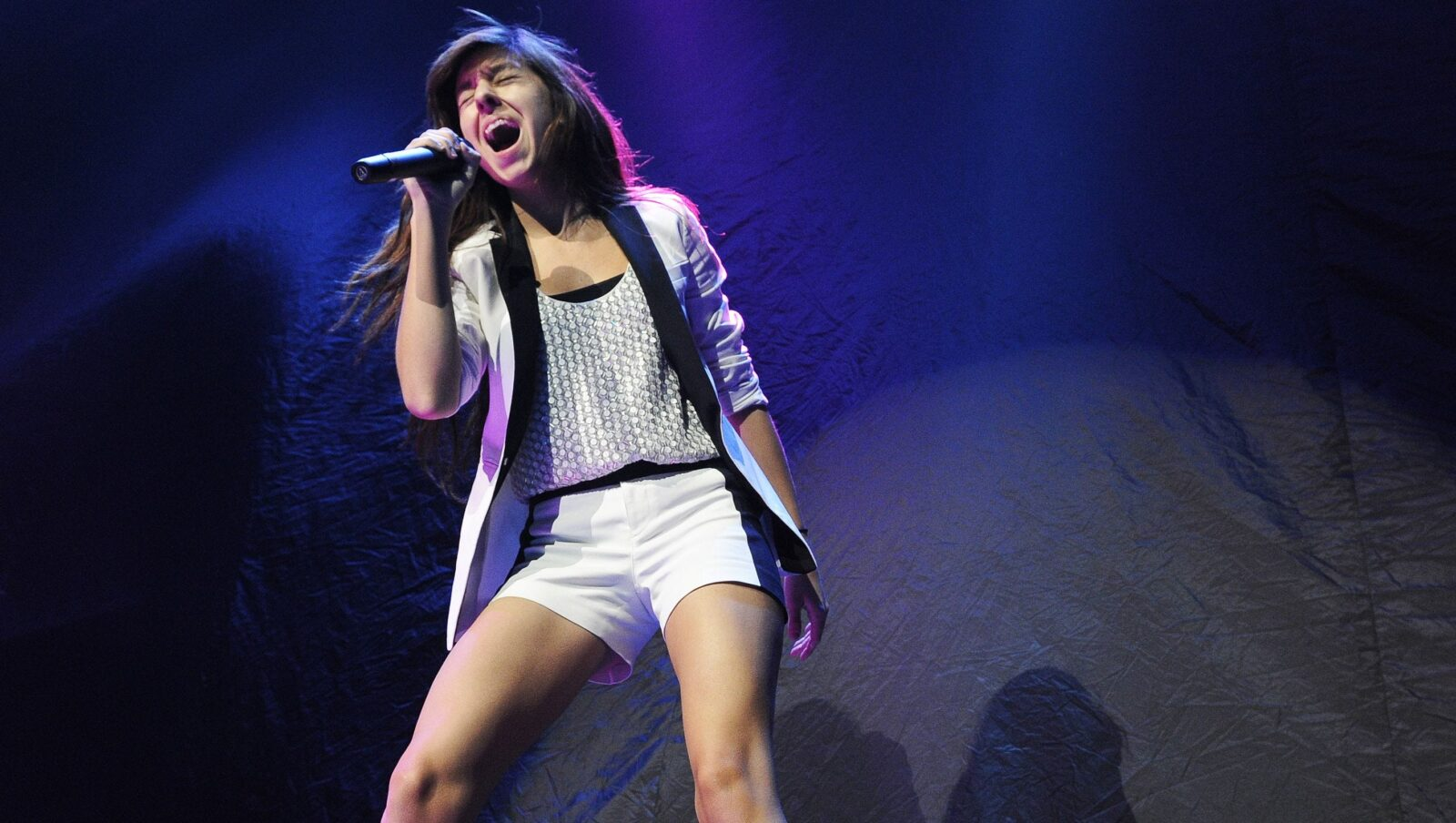 A talented singer, lost to the world. Christina Grimmie lost her life in 2016 thanks to an obsessive fan turned into an enemy.