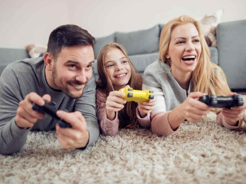 Online games are a great option for your social distancing boredom. Here's our list of the best free online games to play with your friends and family.