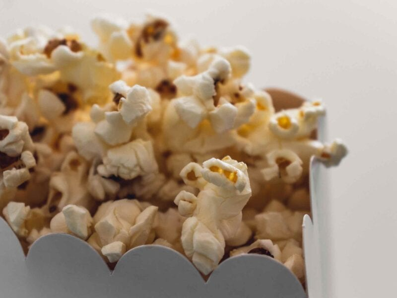 There are things we can do from home, play no deposit bingo, or get into some of our best movies. These are our favorite movies to watch during quarantine.