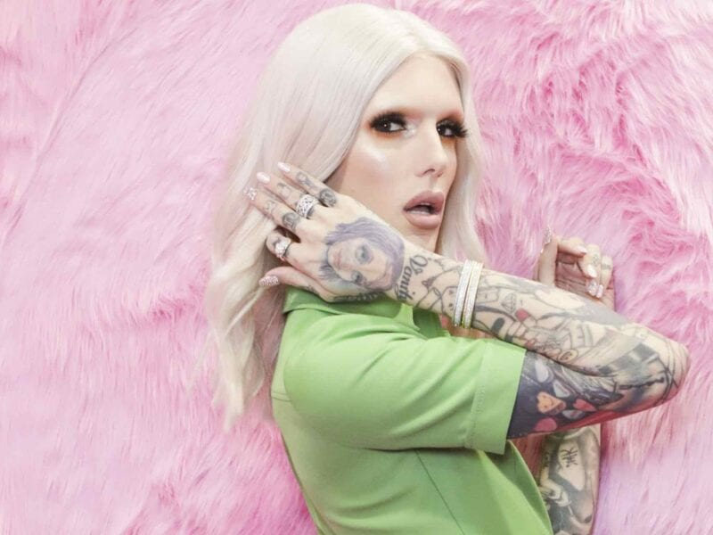To be specific, the internet's now digging the archives for Jeffree Star to get the receipts from Twitter and other places. Here's what we know.
