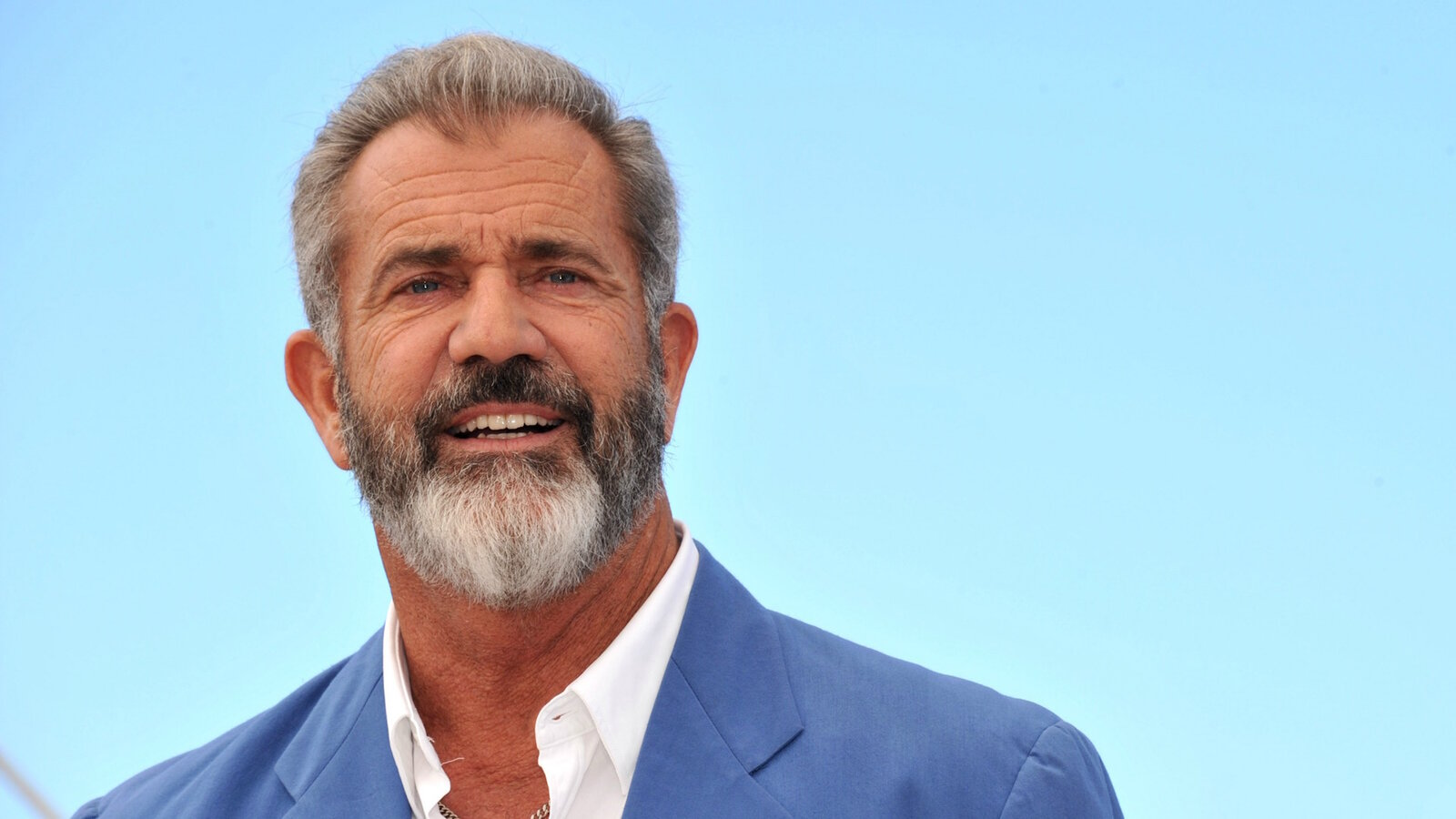 Look, we understand how good  'Braveheart' and 'The Passion of the Christ'. But Mel Gibson is not a good person, so stop watching his movies.