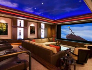 Most people are so accustomed to using flat screen TVs. Here are the pros and cons of flat screen LEDs versus watching films on a projector.