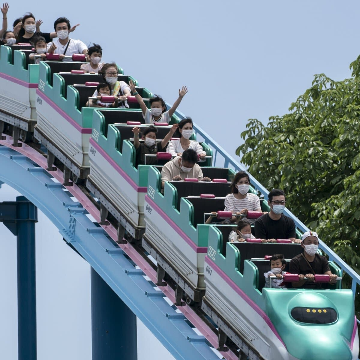 Roller Coaster Accidents Reasons To Avoid Theme Parks After Covid 19 Film Daily