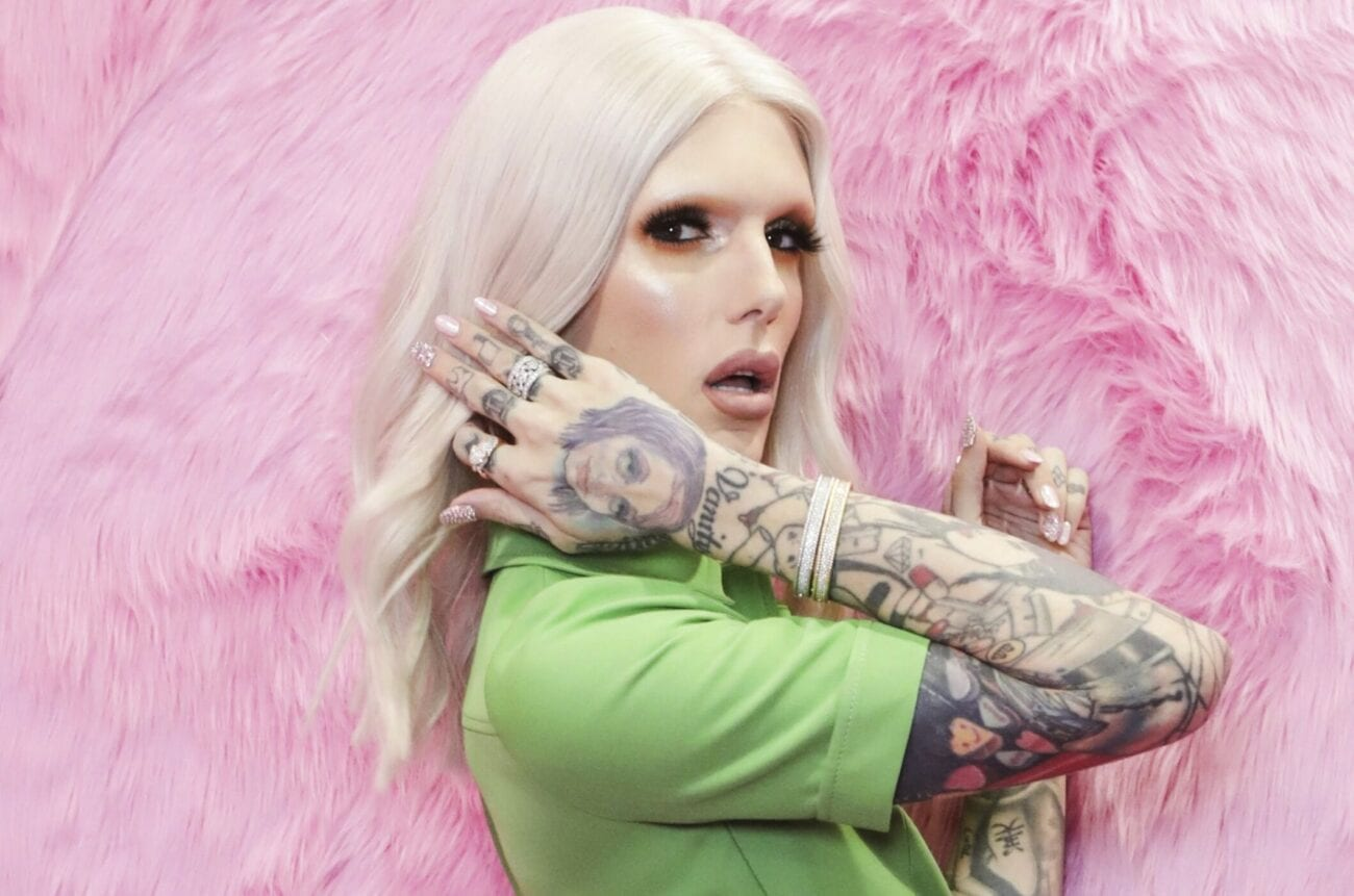 Jeffree Star keeps talking about a new boyfriend on Twitter. At first he was coy about it, but social media quickly figure out who he's dating.