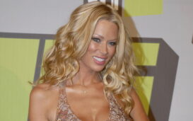 Jenna Jameson is outspoken about abuses in porn and has started to draw attention to the issue with the #Traffickhub hashtag. What is she saying?