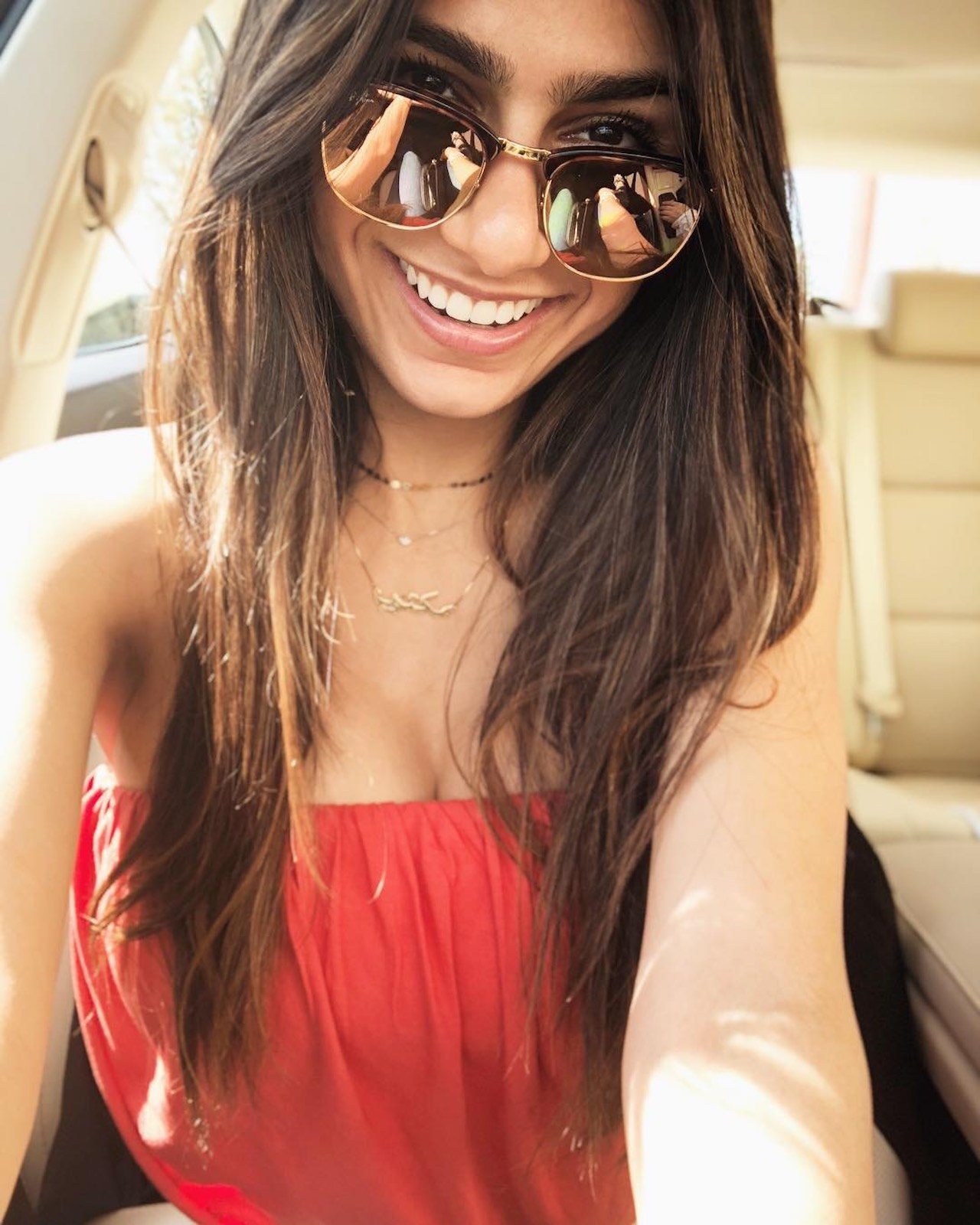 Mia Khalifa is boosting her net worth once again by creating an OnlyFans account. But with how against the porn industry she is, is she being hypocritical?