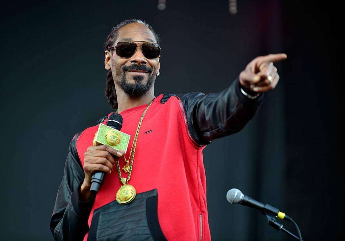 The word's out – Snoop Dogg is going to Atlantic City! So said AC Mayor Marty Small. Will Snoop Dogg bring back the golden age? Let's find out.