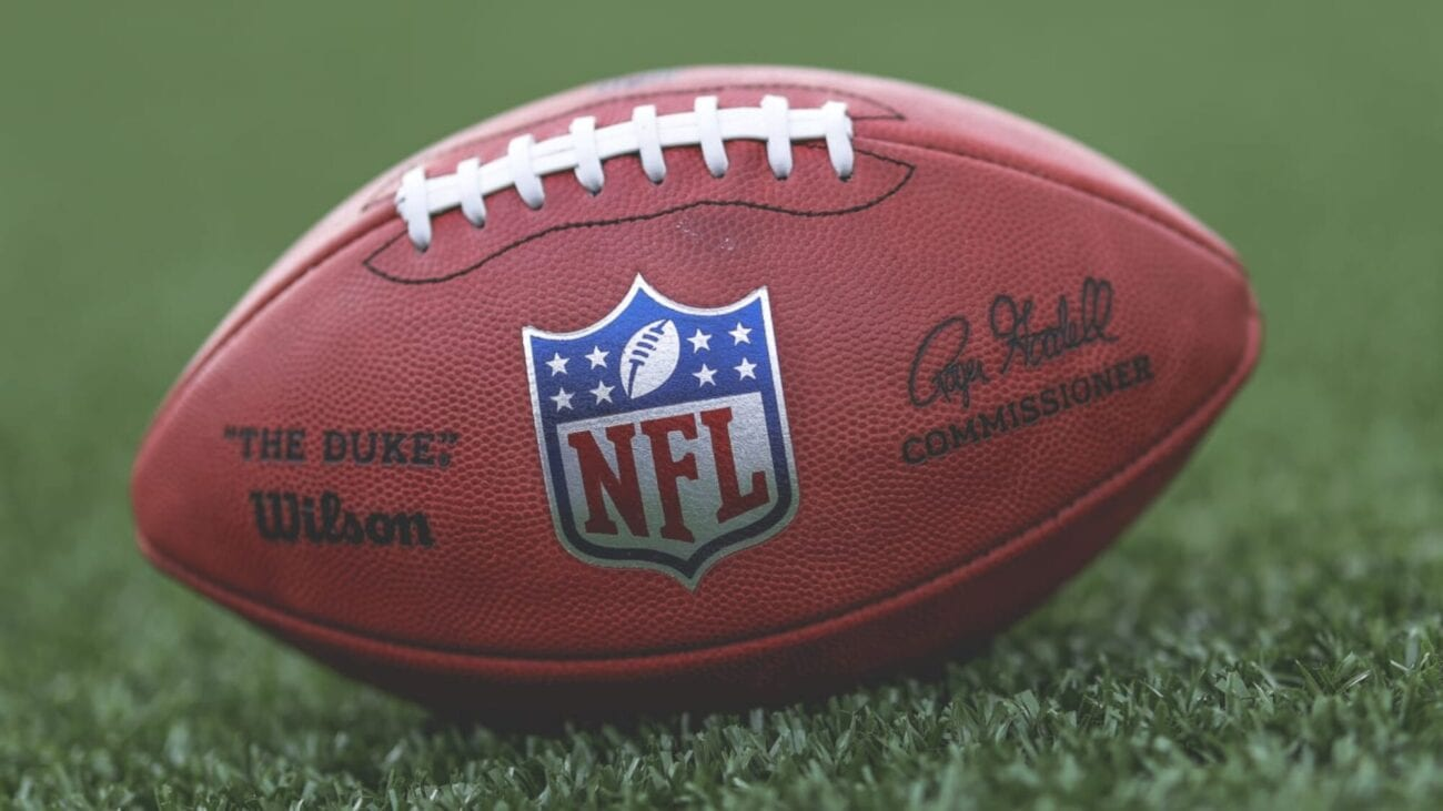 Still want to watch the NFL game, but want to cut cable out of your life? Learn about these streaming options letting you live stream sports without cable.