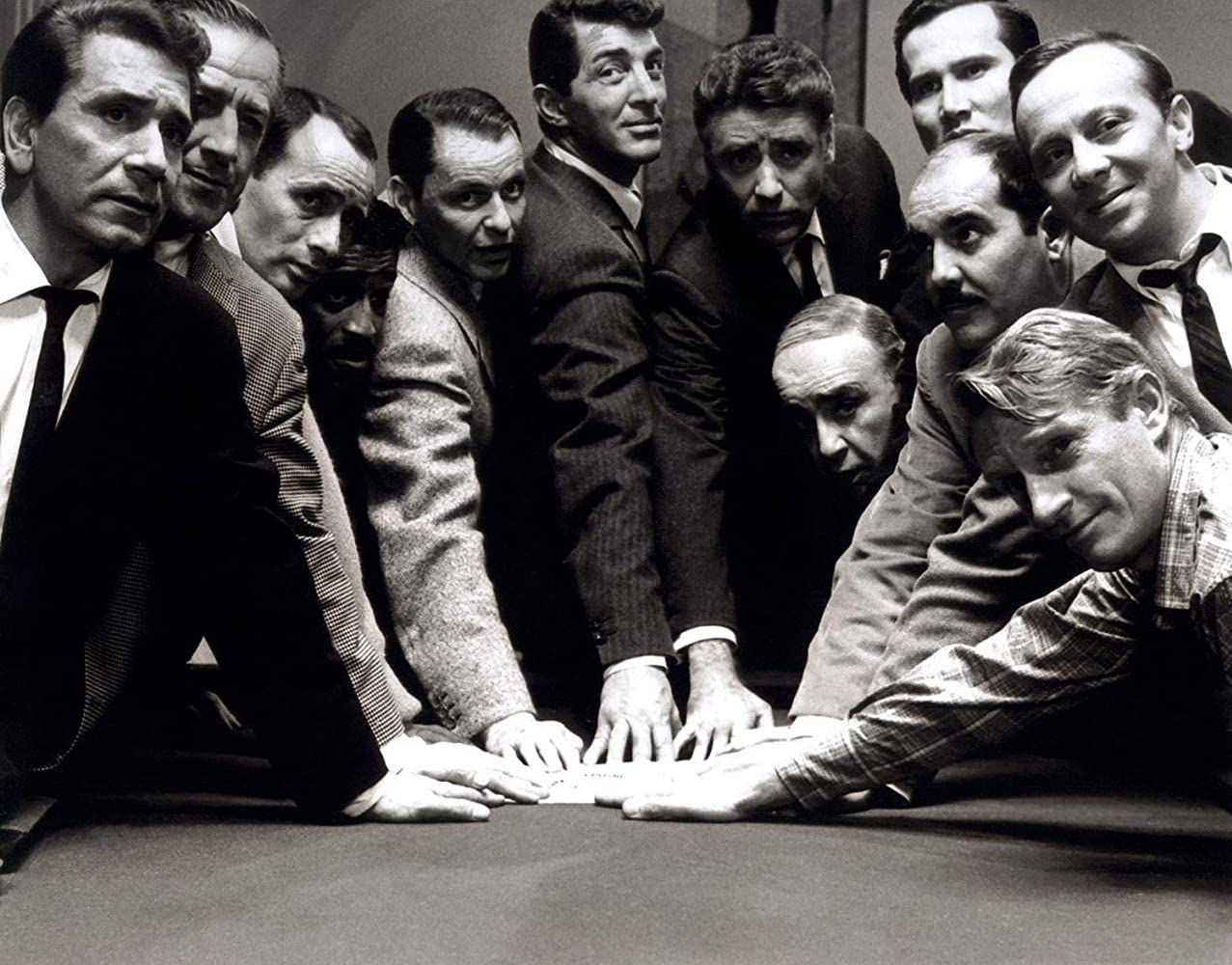 How does George Clooney's 'Ocean's Eleven' compare with Frank Sinatra's 'Ocean's 11'? Here's our comparison of 'Ocean's Eleven' and 'Ocean's 11'.