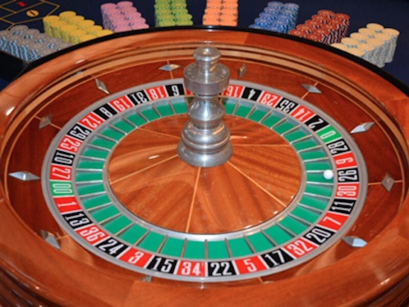 Roulette is the most popular game of chance; there is no doubt about that. But why? Here's everything you need to know.