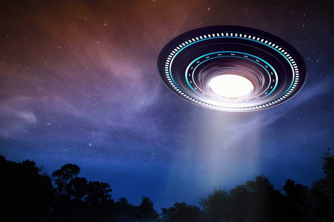 We have four more UFO videos for you to check out to decide if you really believe extraterrestrials are visiting the planet.