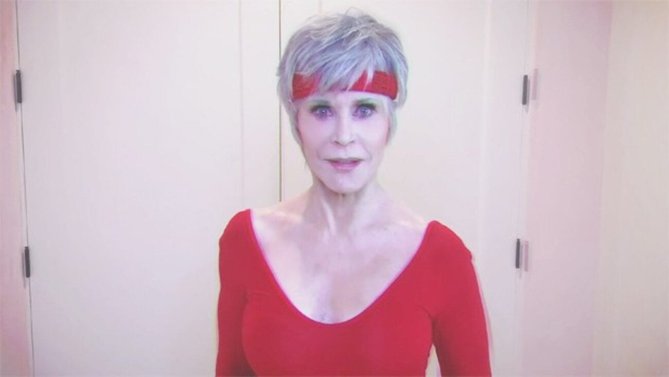Jane Fonda took us back in time with her new 80s throwback video. Grab your leg-warmers because the Jane Fonda workout lewk is coming back!