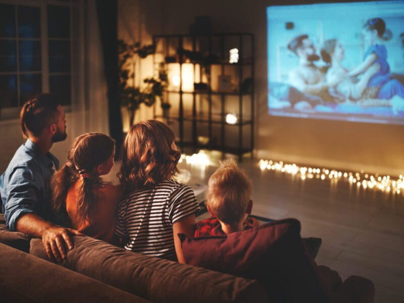 When you watch movies online by streaming it, you do not need to download the film. Here's what you need to know.