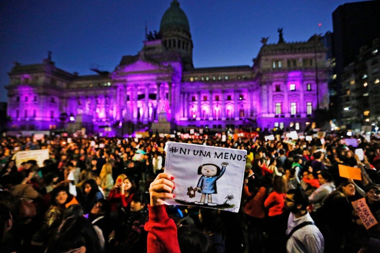 ¿De qué trata el movimiento Ni Una Menos? Checa por qué es tan importante en el Día Internacional de la Eliminación de la Violencia contra la Mujer.
