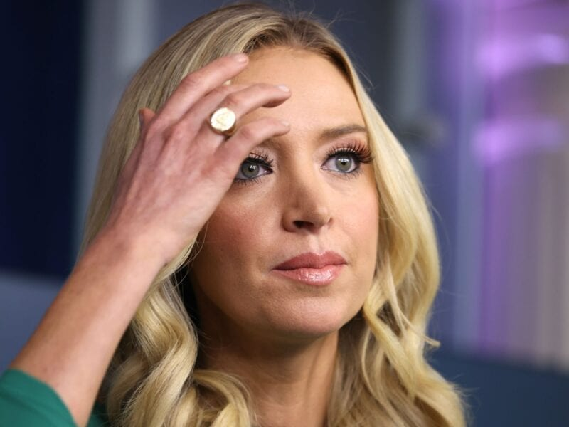 Kayleigh McEnany has stirred controversy. Find out why the White House Press Secretary is feuding with reporters.