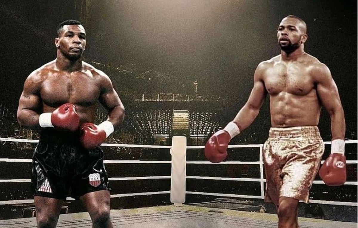 Iron Mike Tyson and Captain Hook Roy Jones Jr. ready to rumble Saturday night. Here's how to watch the fight live.