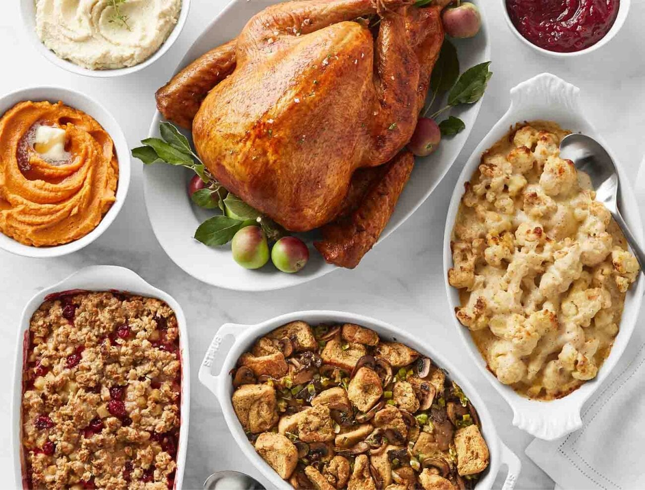 If you're worried you can't afford a traditional Thanksgiving dinner this year, Walmart could be your saving grace. Here's how it works.
