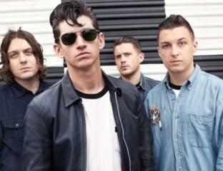 ¿Ya escuchaste lo nuevo de los Arctic Monkeys en Spotify? Entérate de todo sobre su concierto 'Live at the Royal Albert Hall'.