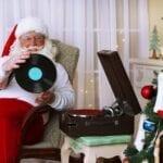 ¿Cansado de los típicos villancicos? Checa la playlist con canciones de Navidad que armamos para ti.