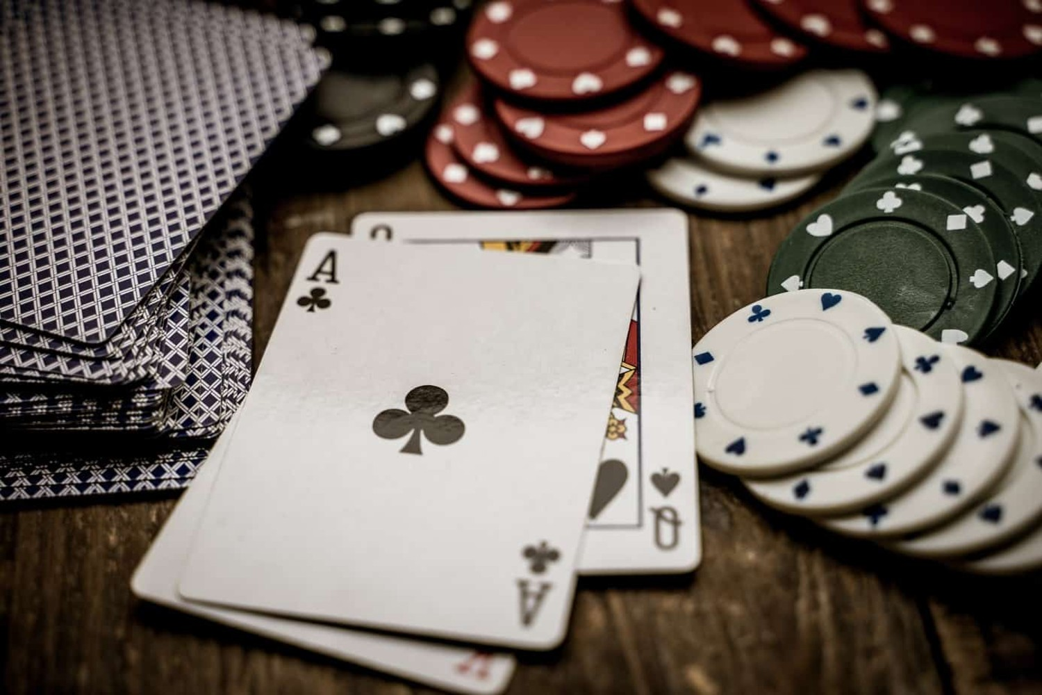 Want to play more online casino games? Here's how casinos make money – Film  Daily