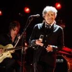 Entérate de cómo fue que Universal Music adquirió los derechos para toda la obra de Bob Dylan.