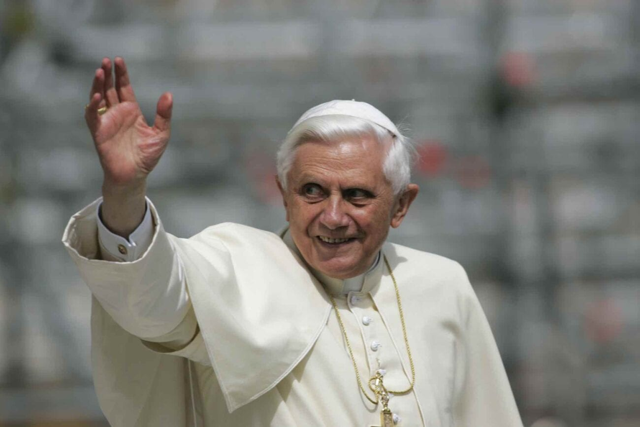 As rumors swirl about Pope Francis' possible early retirement, history shows Pope Benedict XVI isn't the first. Know about these retired popes?