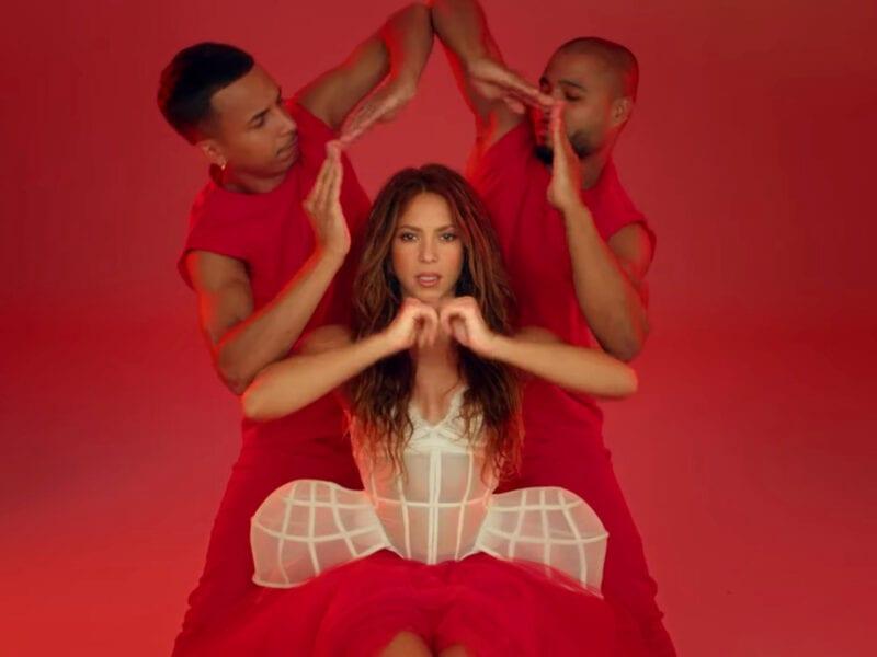 """¿Ya escuchaste la canción de Black Eyed Peas con Shakira? Checa por qué """"A Girl Like Me"""" promete ser el próximo éxito para bailar."""