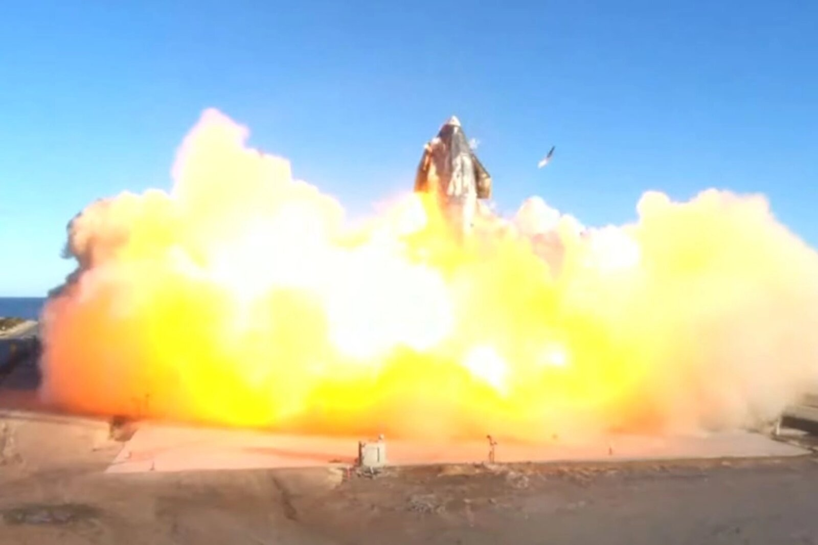 SpaceX tried for a successful Starship height test today, only for the launch to go up in flames – literally. See the failed launch for yourself.