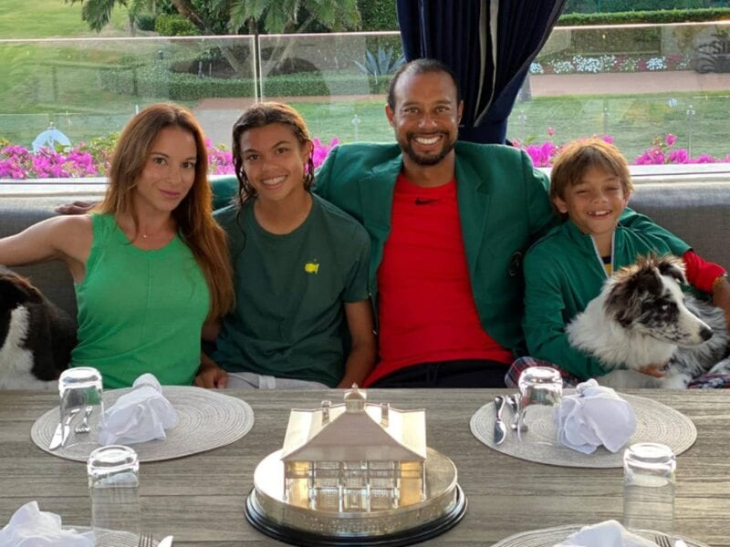With golfing legend Tiger Woods as your father, it's no surprise his kids like the sport too. Check out the family getting some tee time together.
