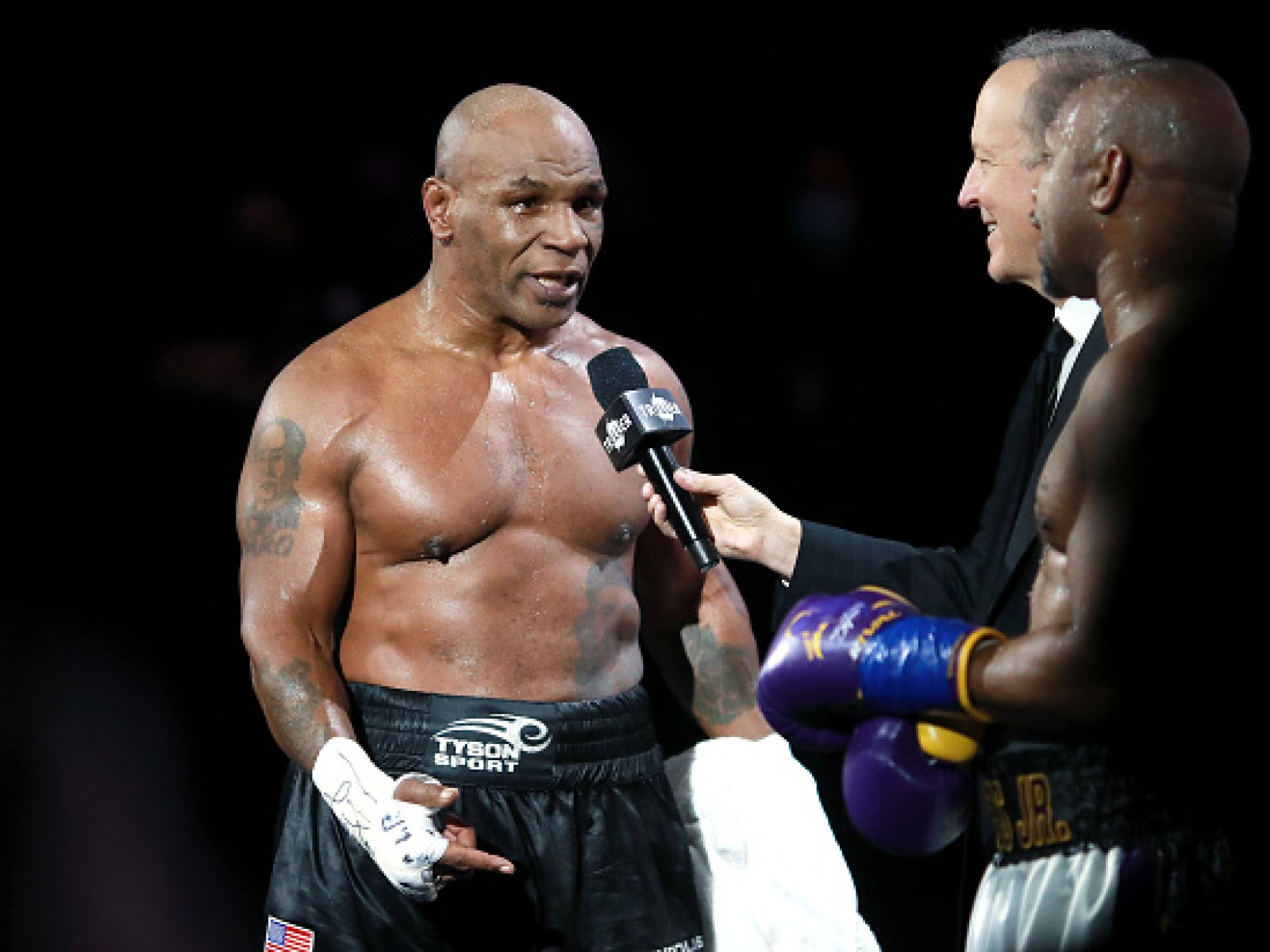 Evander Holyfield Wants To Fight Mike Tyson Again: No More Excuses!!