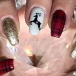 Need some Christmas nails? These nail art ideas will have you feeling festively inspired in no time at all!