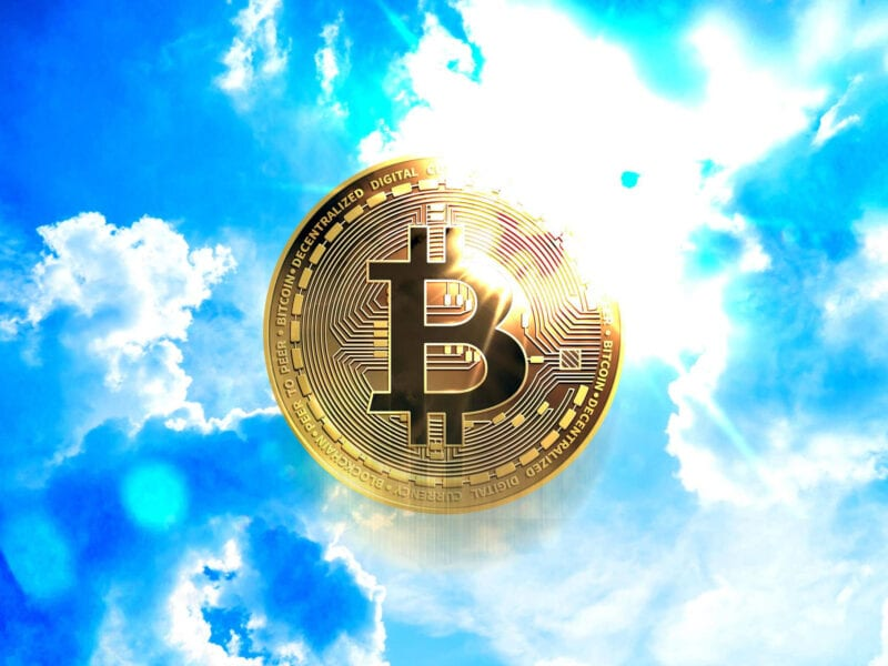 """Is this the day that Bitcoin died? A Twitter headline on 'Medium' seems to point to """"yes"""". Find out what the value of Bitcoin is now."""