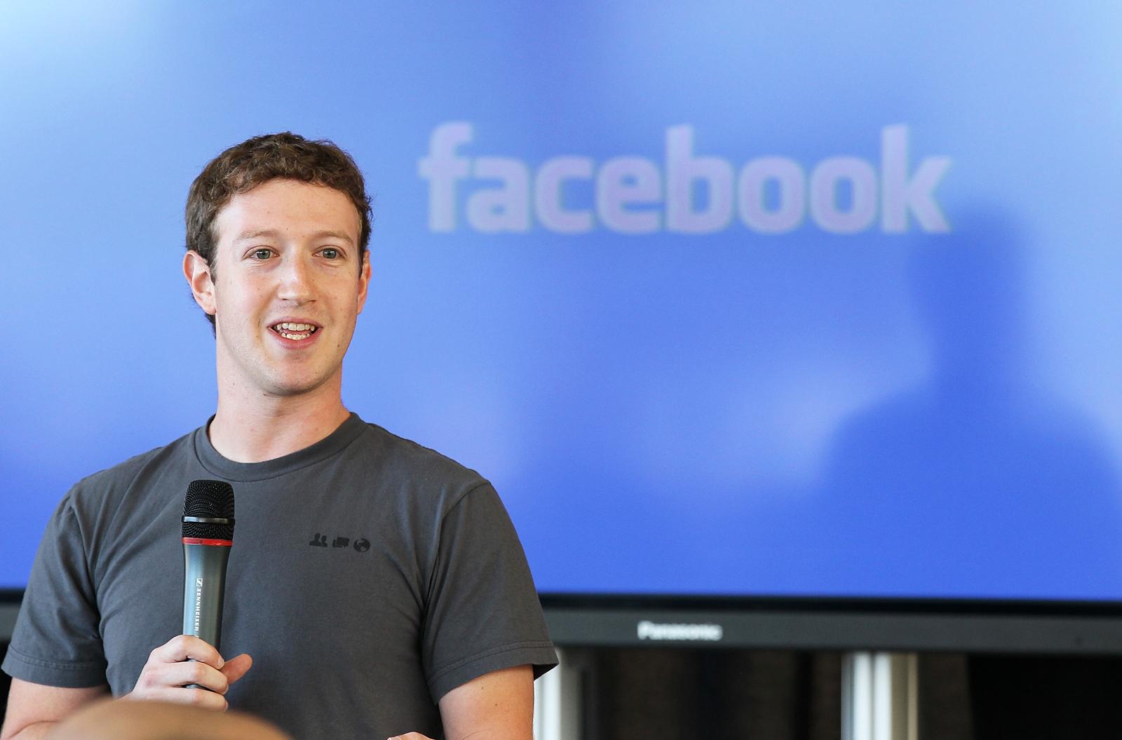 Facebook Out to Loosen Apple's Grip on App Store, Prepares Antitrust Lawsuit