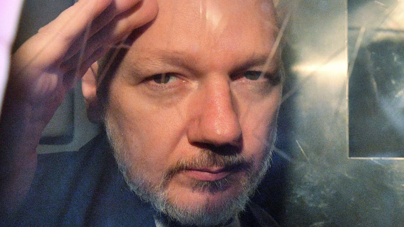 The U.S. wants WikiLeaks founder Julian Assange to be extradited, but AMLO is stepping in to save his skin. Here's why Assange was offered asylum.
